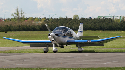 F-GORM - Robin DR400/120 Dauphin 2+2 - Private