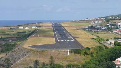 LPPD - Airport - Runway