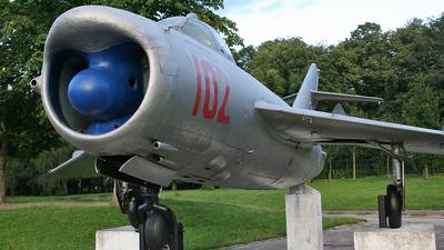 102 - Mikoyan-Gurevich MiG-17PF Fresco D - Poland - Air Force