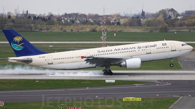 TC-OAZ - Airbus A300B4-605R - Saudi Arabian Airlines (Onur Air)