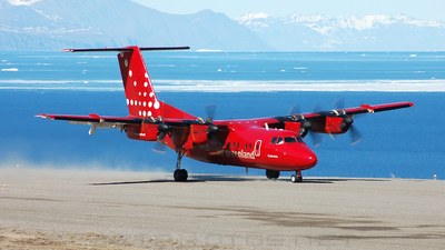 OY-GRE - De Havilland Canada DHC-7-103 Dash 7 - Air Greenland