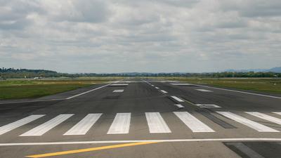 YBRK - Airport - Runway