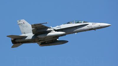 164001 - McDonnell Douglas F/A-18D Hornet - United States - US Marine Corps (USMC)