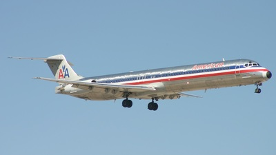 N599AA - McDonnell Douglas MD-83 - American Airlines