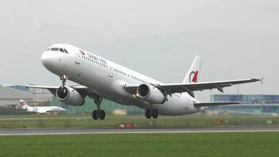TC-OAE - Airbus A321-231 - Onur Air