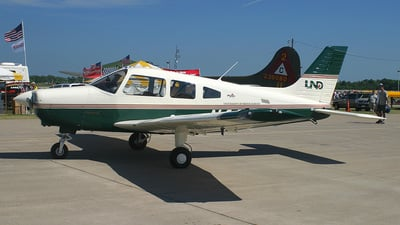 A picture of N443ND - Piper PA28161 - [2842245] - © Bruce Leibowitz