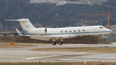 N1540 - Gulfstream G-V - Cox Aviation