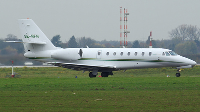 SE-RFH - Cessna 680 Citation Sovereign - Bookajet