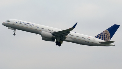 N14106 - Boeing 757-224 - Continental Airlines