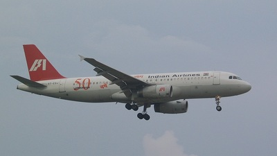 VT-ESJ - Airbus A320-231 - Indian Airlines