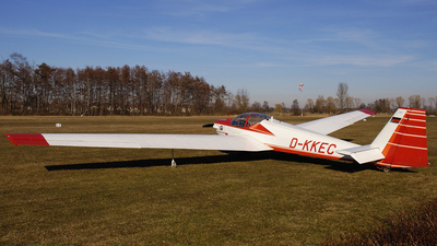 D-KKEC - Scheibe SF.25C Falke - Private