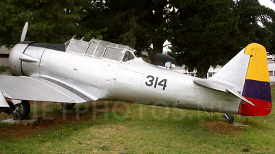 FAE20310 - North American T-6G Texan - Ecuador - Air Force