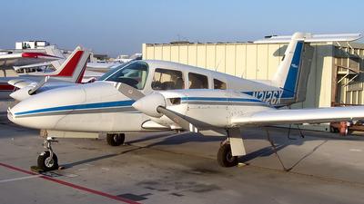 A picture of N2126X - Piper PA44180 Seminole - [447995273] - © Derin