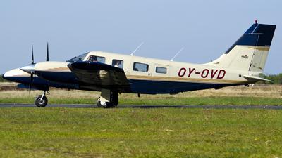 OY-OVD - Piper PA-34-220T Seneca IV - Private