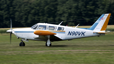 N90VK - Piper PA-24-260 Comanche C - Private