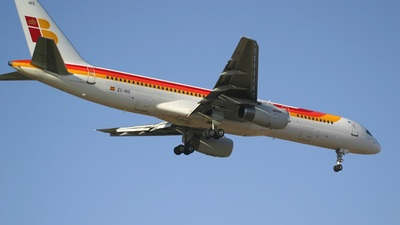 EC-HIS - Boeing 757-256 - Iberia