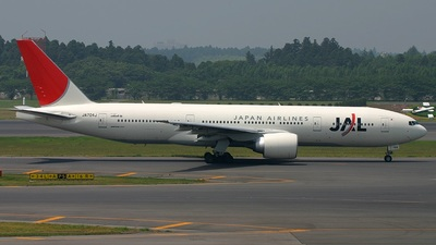 JA704J - Boeing 777-246(ER) - Japan Airlines (JAL)