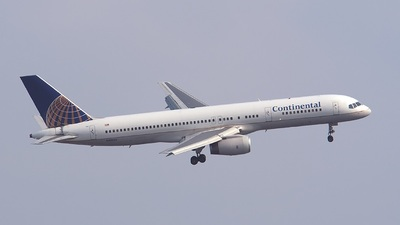 N41135 - Boeing 757-224 - Continental Airlines