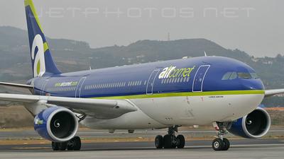 EC-KIL - Airbus A330-202 - Air Comet