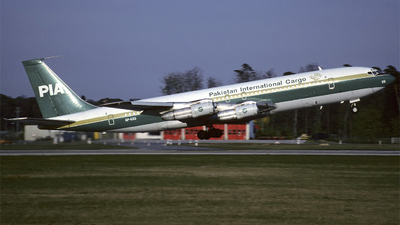 AP-AXG - Boeing 707-340C - Pakistan International Airlines (PIA)