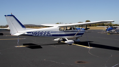 A picture of N6900E - Cessna 175A - [56400] - © Bruce Leibowitz