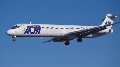 F-GRMG - McDonnell Douglas MD-83 - AOM French Airlines