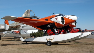 N1047B - Beech UC-45F Expeditor - Private