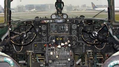 611 - Ilyushin IL-14 - Civil Aviation Administration of China (CAAC)
