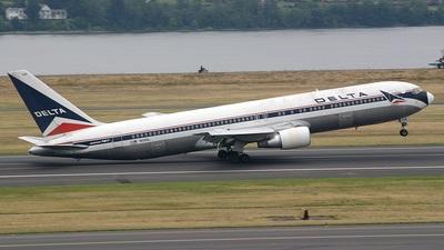 N134DL - Boeing 767-332 - Delta Air Lines