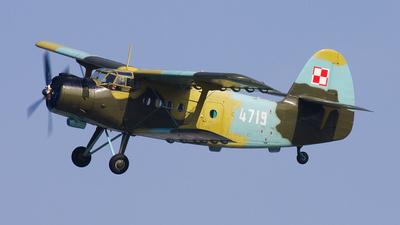 4719 - PZL-Mielec An-2T - Poland - Air Force
