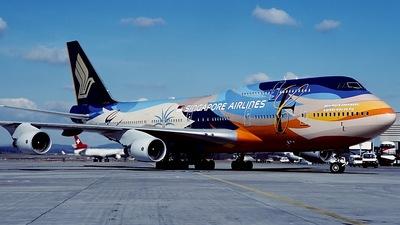 9V-SPK - Boeing 747-412 - Singapore Airlines