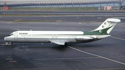 N979Z - McDonnell Douglas DC-9-31 - Ozark Air Lines