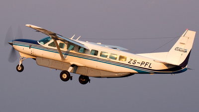 ZS-PFL - Cessna 208B Grand Caravan - Private