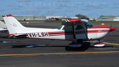 A picture of VHLSH - Cessna R172K Hawk XP - [R1722995] - © DaveWilson