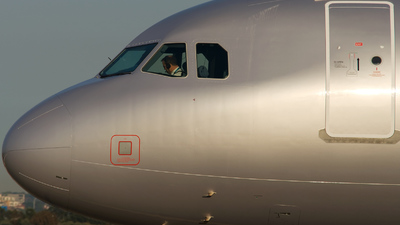 VH-VWW - Airbus A321-231 - Jetstar Airways