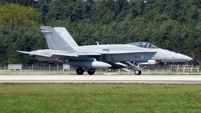 HN-408 - McDonnell Douglas F-18C Hornet - Finland - Air Force