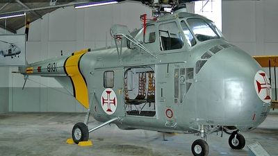 9101 - Sikorsky UH-19A Chicasaw - Portugal - Air Force