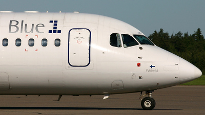OH-SAJ - British Aerospace Avro RJ85 - Blue1
