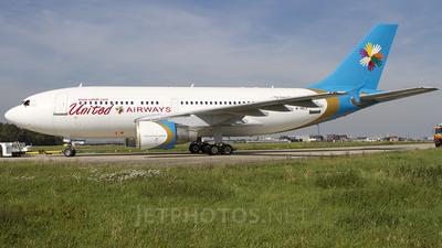 M-ABCX - Airbus A310-325 - United Airways