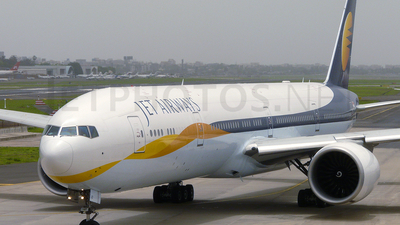 VT-JED - Boeing 777-35RER - Jet Airways