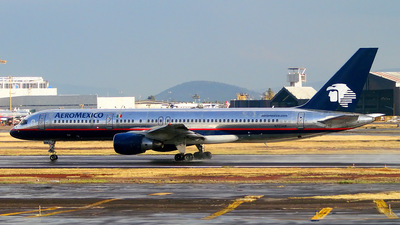 N703AM - Boeing 757-29J - Aeroméxico