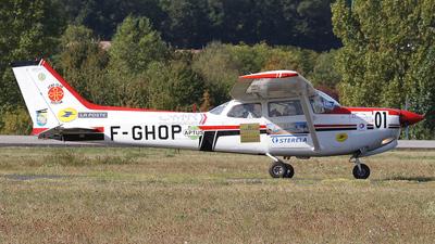 A picture of FGHOP - Cessna 172RG Cutlass RG - [172RG0338] - © Martin Rutkowski