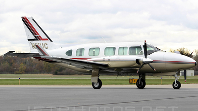 A picture of N111UC - Piper PA31350 - [317952190] - © André Du-pont  (Mexico Air Spotters)