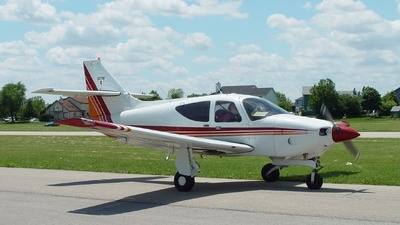 N2270K - Rockwell Commander 114 - Private