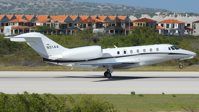 A picture of N5144 -  - [] - © Carlos Barcelo
