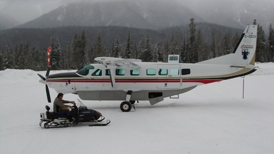 C-GDOX - Cessna 208 Caravan - Northern Thunderbird Air