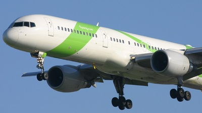 N696DL - Boeing 757-232 - Song