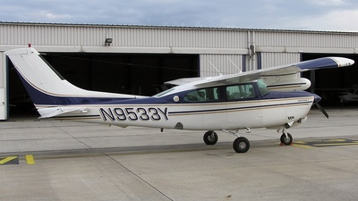 N9533Y - Cessna T210N Turbo Centurion II - Private