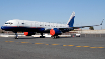 N1757 - Boeing 757-23A - Private