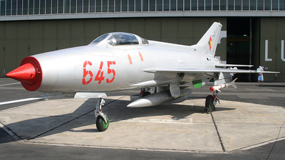 645 - Mikoyan-Gurevich MiG-21 Fishbed - German Democratic Republic - Air Force